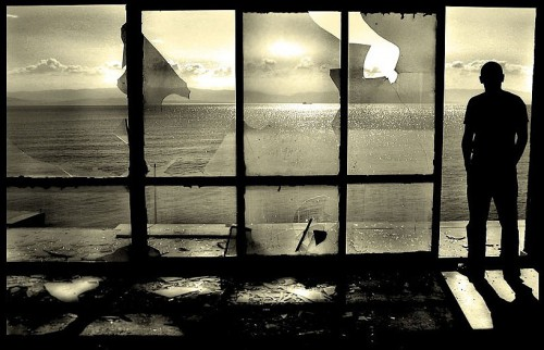 uomo alla finestra.jpg